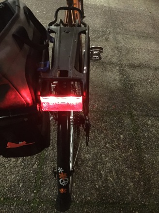 Wide taillight makes me easy to see.